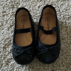 Cat and Jack Size 5 Toddler shoes